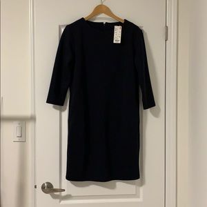 UNIQLO 3/4 sleeve shift dress with pockets